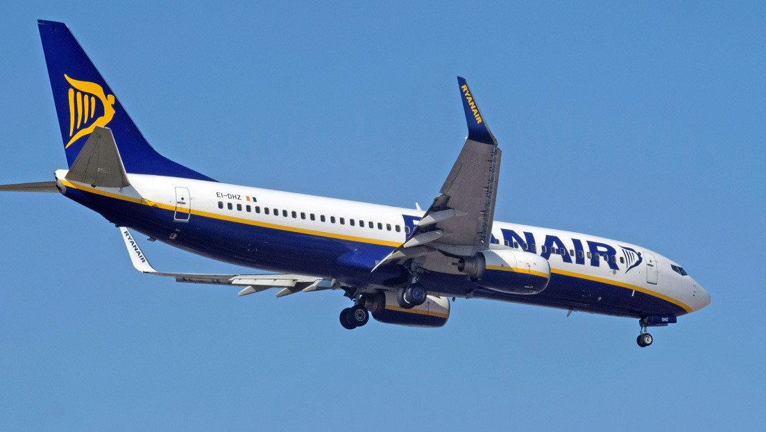 VIDEO: El momento del aterrizaje abortado de un Boeing de Ryanair en medio de la borrasca Gloria en España