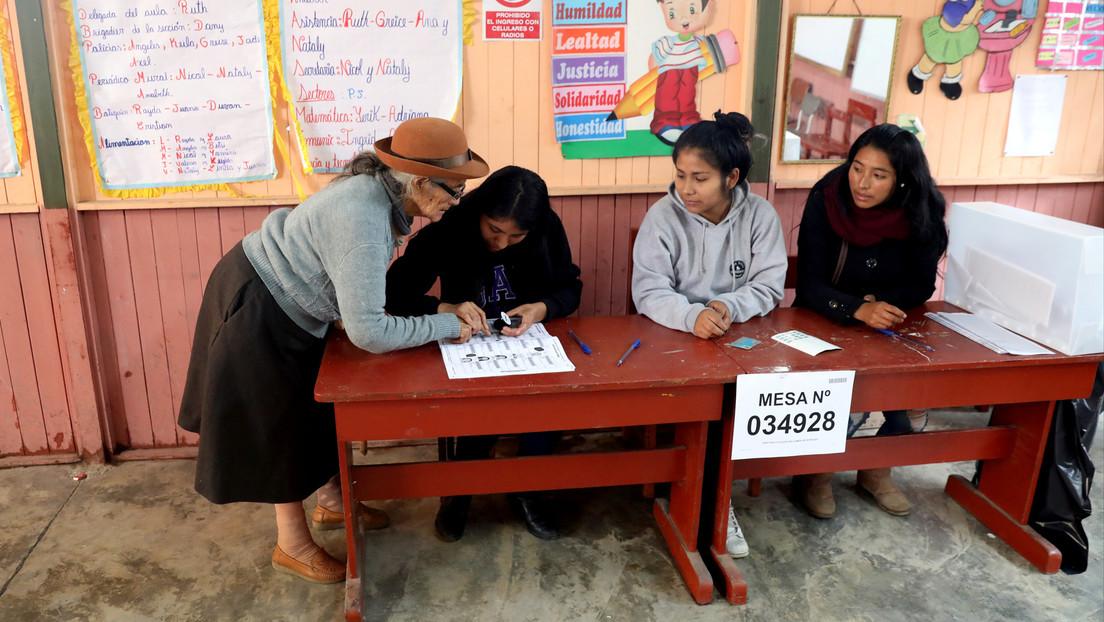 """Perú va a las urnas para recomponer el Congreso, en medio de un clima de """"decadencia política"""""""