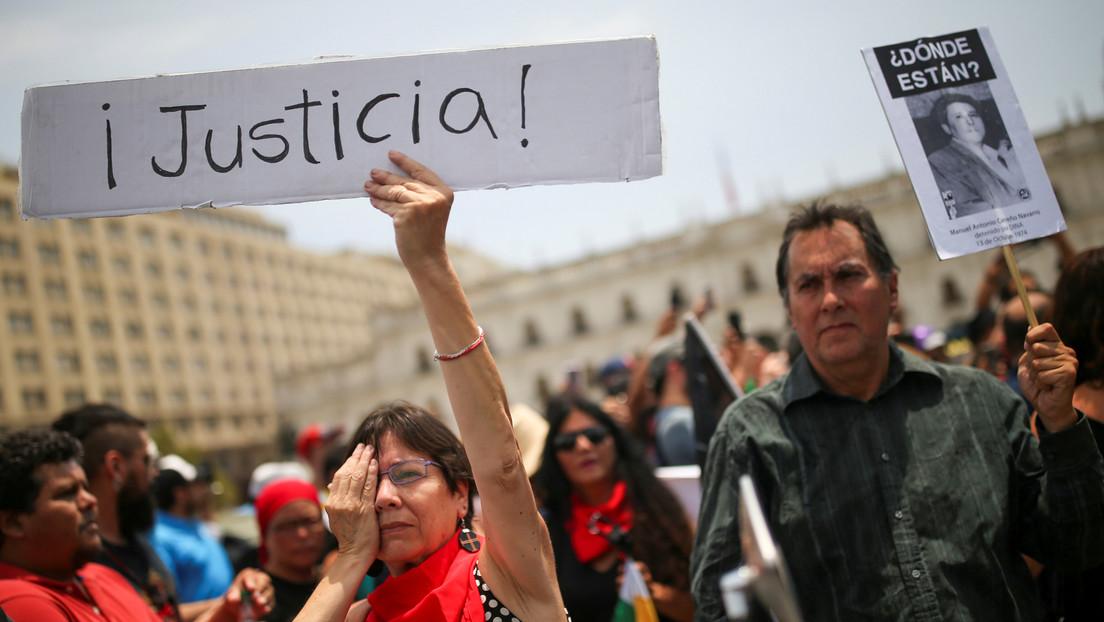 Justicia chilena imputa al primer carabinero por haber causado daño ocular durante la represión de 2019