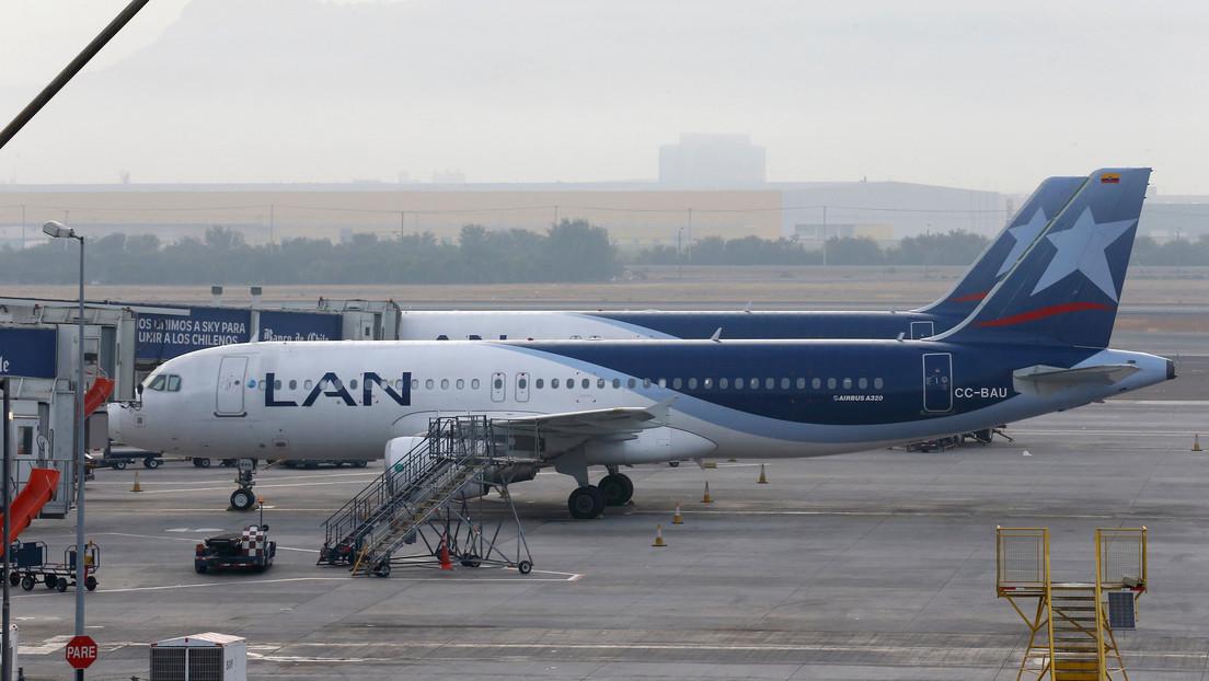 Un avión de pasajeros aterriza de emergencia en Perú por amenaza de bomba (VIDEO)