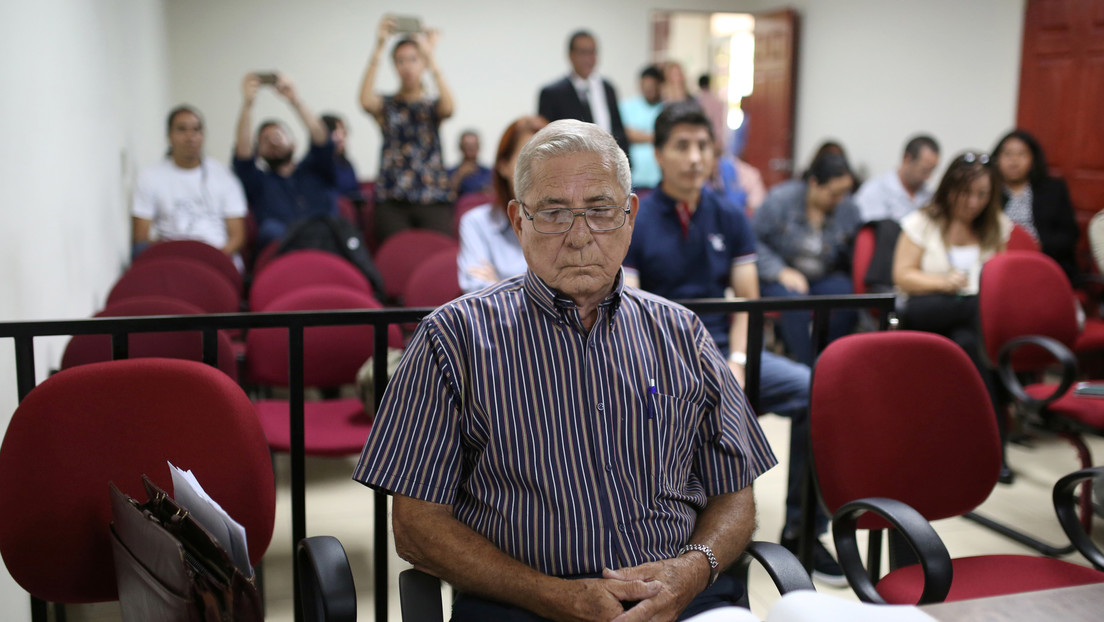 Un excomandante salvadoreño afirma que un alto mando del Ejército ordenó la masacre de 1981