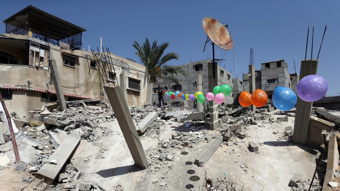 """Israel ataca objetivos en Gaza en represalia por el lanzamiento de """"globos explosivos"""""""