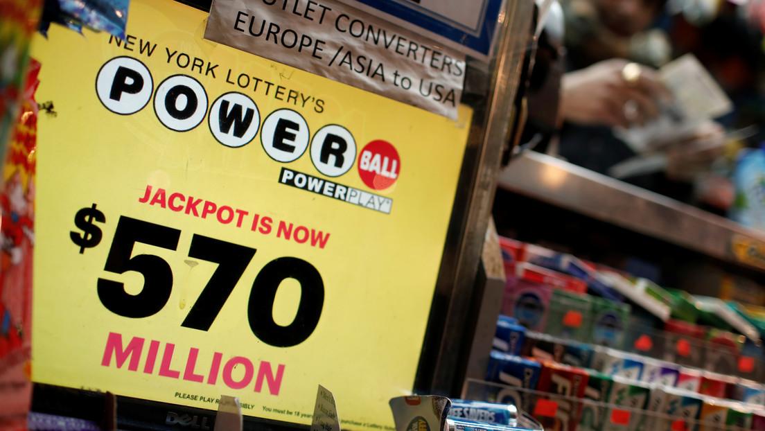 No sabe inglés y denuncia a dos mujeres en EE.UU. por estafarlo con 4 millones que ganó en la lotería