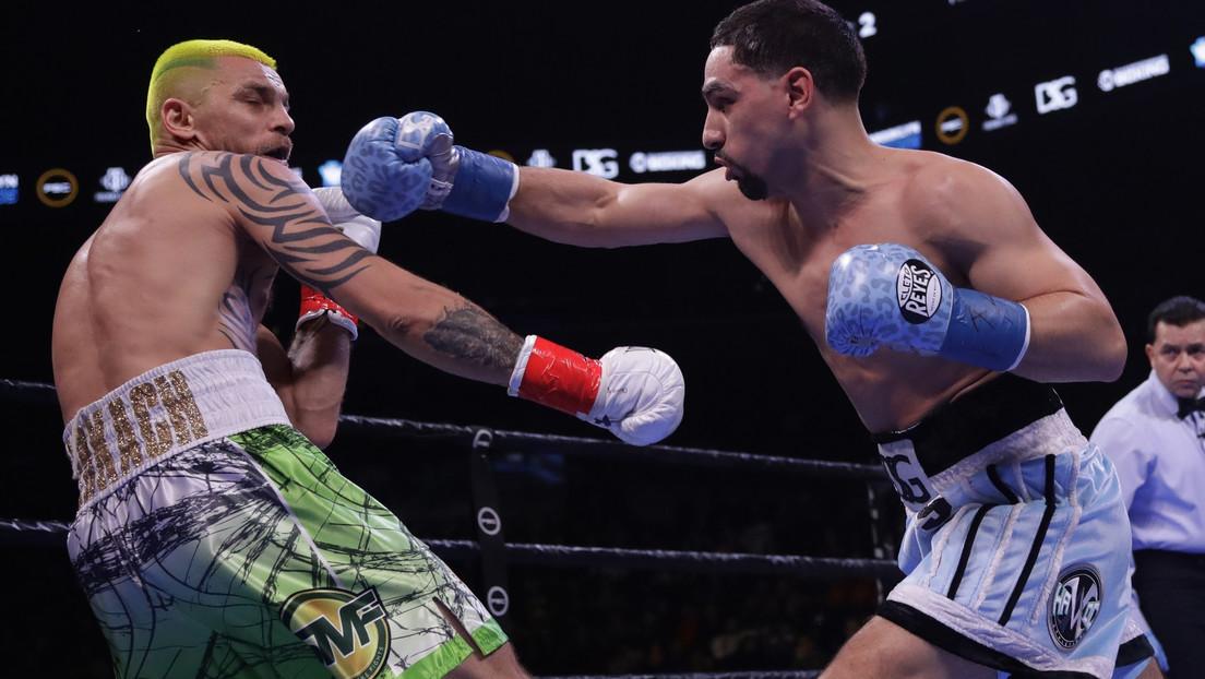 VIDEO: Un boxeador muerde a su rival durante la pelea 'en homenaje' a Tyson