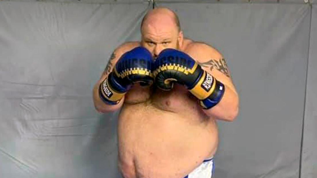 VIDEO: Exluchador de artes marciales mixtas de 186 kilos sufre un violento nocaut en su debut en el boxeo