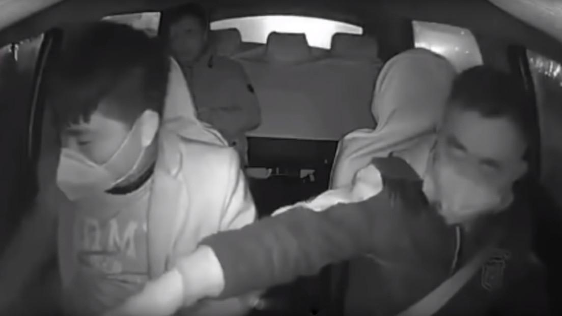 VIDEO: Taxista chino expulsa a un pasajero al enterarse de que volvía de la ciudad epicentro del brote del coronavirus