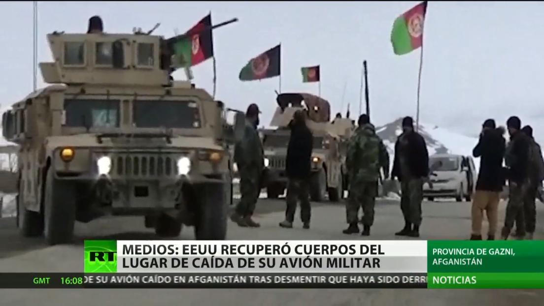 EE.UU. recupera los restos del personal de su avión militar siniestrado en Afganistán