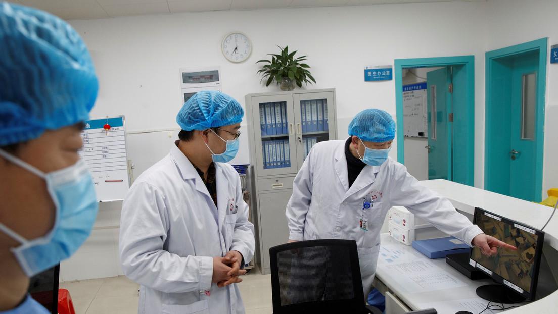 China confirma 25 nuevas muertes por el coronavirus y el total de fallecidos asciende a 132, mientras que el de infectados ronda los 6.000