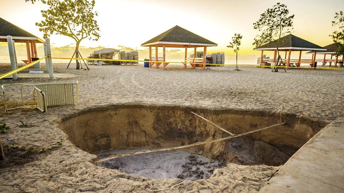 """Un fuerte terremoto de 7,7 sacude el Caribe entre Jamaica y Cuba, advierten sobre posibles """"peligrosas"""" olas de tsunami"""