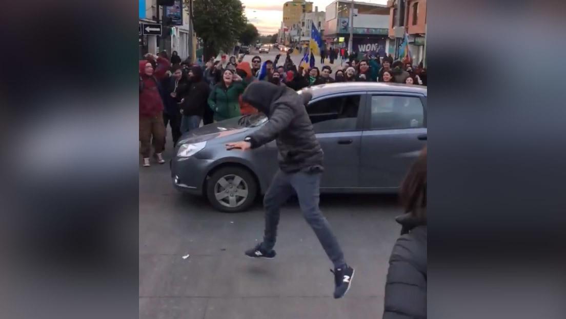 'El que baila, pasa': El reto de los manifestantes chilenos que será penado con hasta 540 días de cárcel