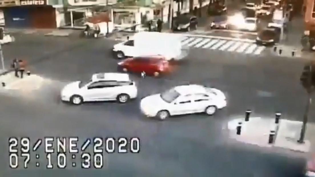VIDEO: Así fue cómo se fugaron de una prisión mexicana, en un vehículo oficial, los reos vinculados al 'Chapo'