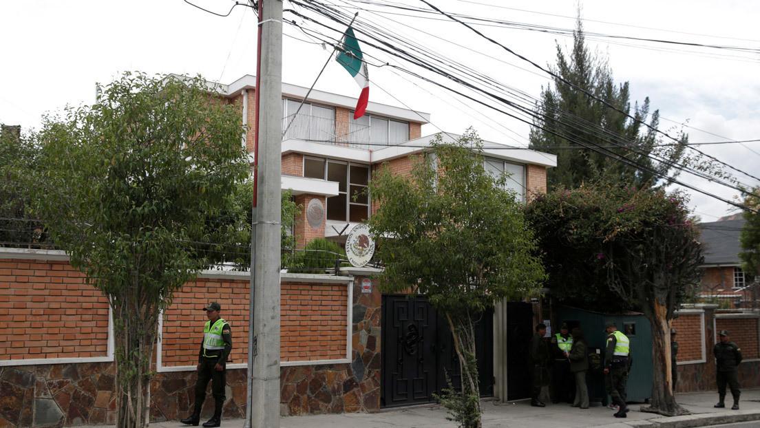 Bolivia concede salvoconductos a dos exministros de Evo Morales refugiados en la Embajada de México