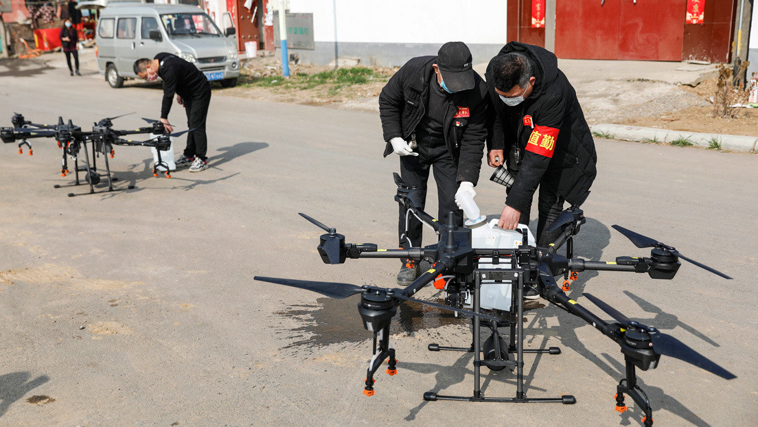 Drones equipados con altavoces advierten a ciudadanos chinos ante el brote de coronavirus