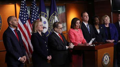 Nancy Pelosi nombra a siete gerentes para el juicio político contra Trump en el Senado