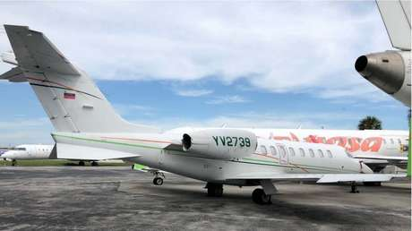 Departamento del Tesoro de EE.UU. emite sanciones contra 15 aviones de PDVSA