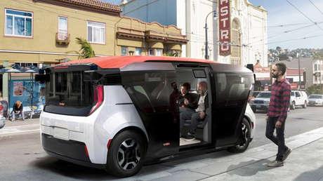General Motors presenta un vehículo eléctrico sin volante ni pedales