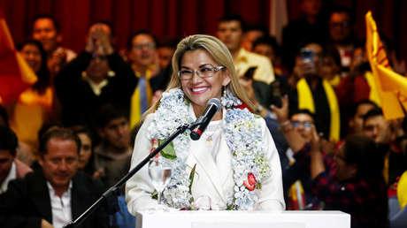 Crisis en la derecha boliviana: ¿por qué la decisión de Añez de presentarse a las elecciones es tan polémica?