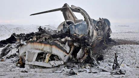 """EE.UU. confirma que perdió un avión militar en Afganistán pero niega que fuera víctima de """"fuego enemigo"""""""