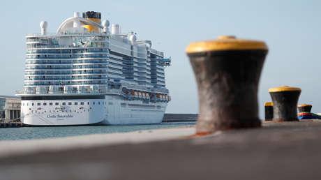 Se conocen primeros resultados de los análisis médicos de los sospechosos de estar infectados con el coronavirus en el crucero bloqueado en Italia