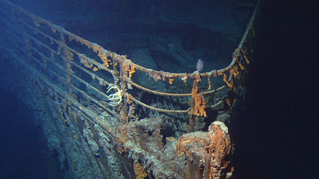 """Un submarino golpea """"accidentalmente"""" al Titanic y eso da paso a un proceso judicial"""