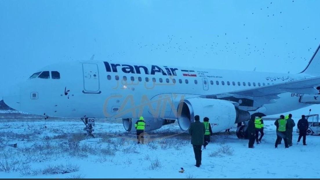 VIDEO: Un Airbus de Iran Air con 102 pasajeros a bordo se sale de la pista en el oeste de Irán
