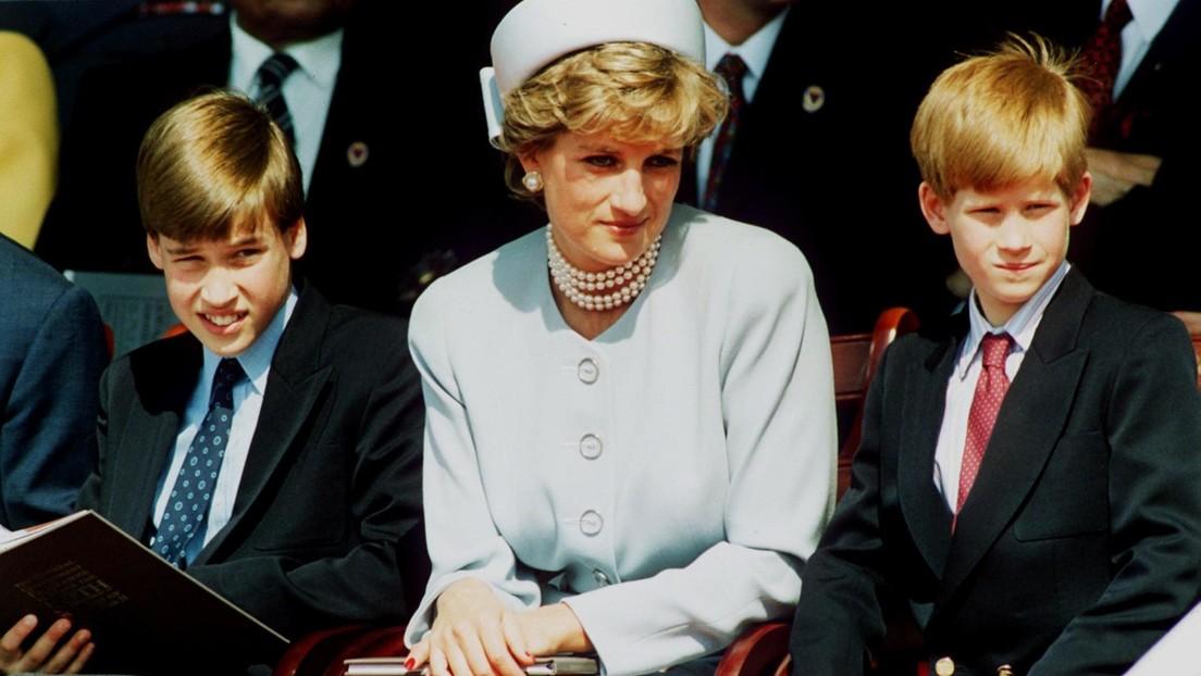 FOTO: Revelan una carta inédita de Lady Di sobre los príncipes Guillermo y Enrique