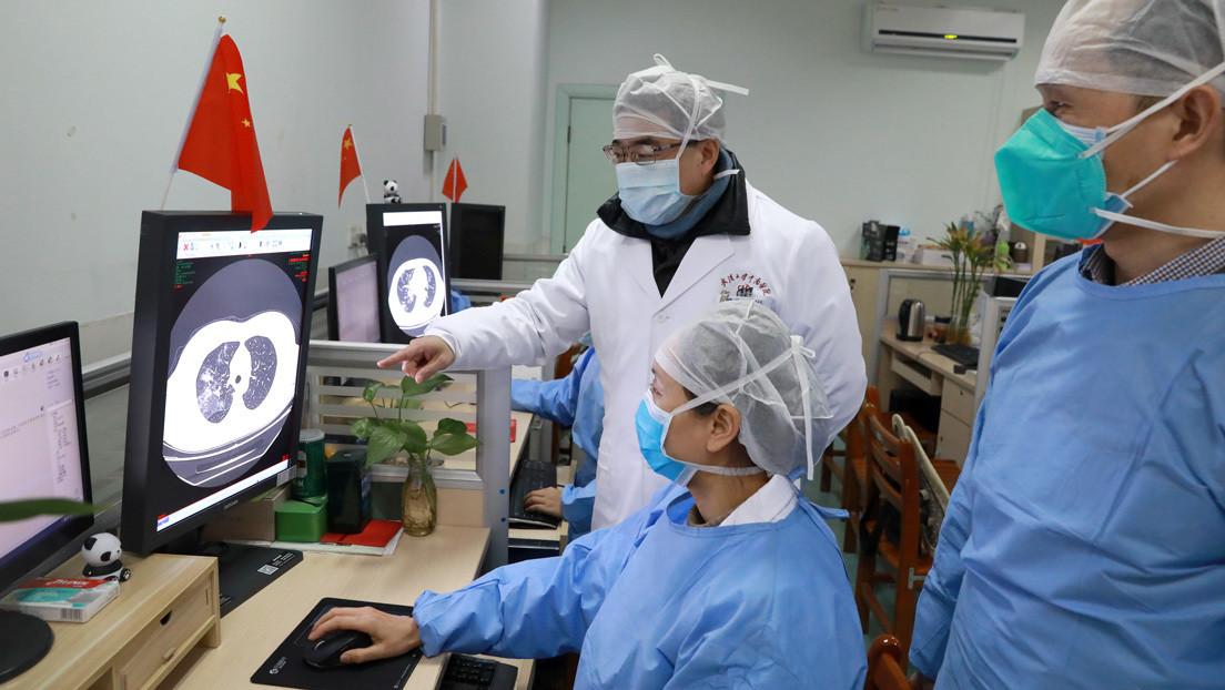 La Policía china amonestó a un médico por lanzar 'rumores' sobre el coronavirus antes de que se declarara el brote