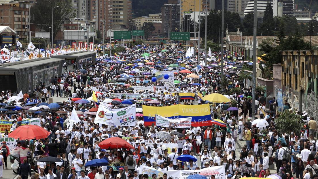 Suspenden al Centro Nacional de Memoria Histórica de Colombia de una prominente red internacional por negar el conflicto armado