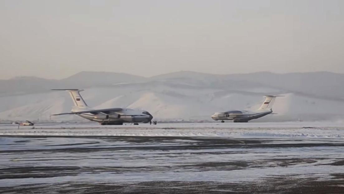 VIDEOS: Rusia envía aviones para evacuar a sus ciudadanos de Wuhan por el brote de coronavirus