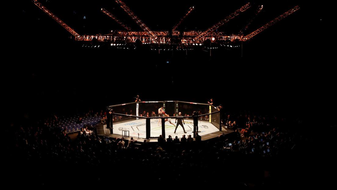 VIDEO: Un luchador de la MMA se rompe un brazo durante un combate pero se niega a rendirse