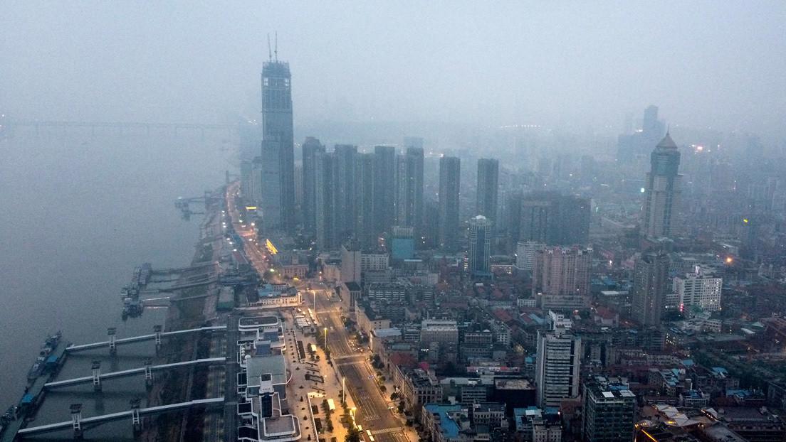 VIDEO: Imágenes captadas por dron muestran las calles desiertas de Wuhan tras dos semanas de cuarentena