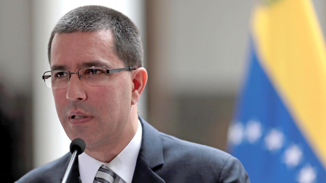 """Gobierno de Maduro denuncia """"violentas amenazas"""" de Trump contra Venezuela"""