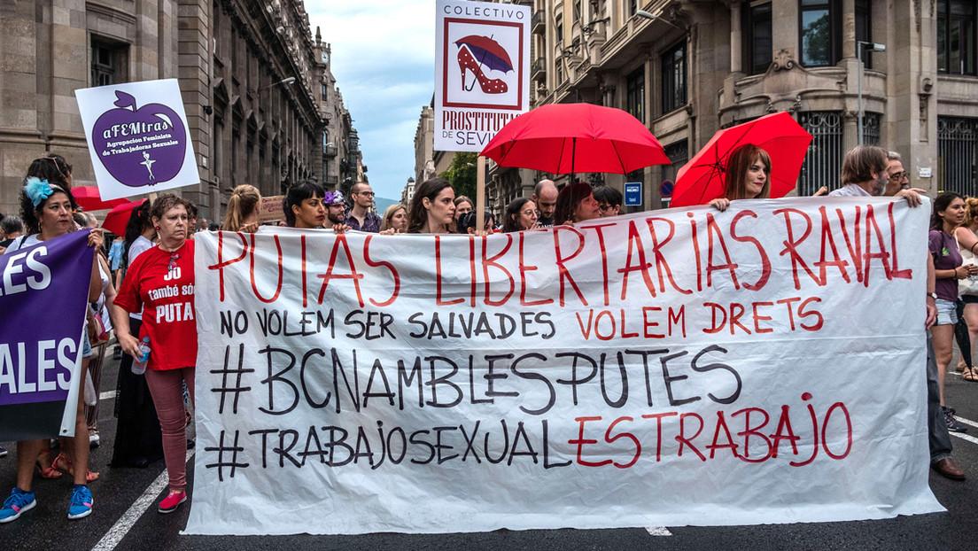 ¿Abolicionismo de la prostitución o trabajadoras con derechos? La campaña publicitaria de una cantante reabre el debate en Argentina