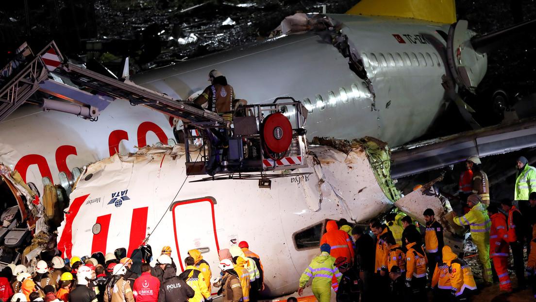 VIDEO: El momento exacto del aterrizaje forzoso del avión de pasajeros accidentado en Estambul