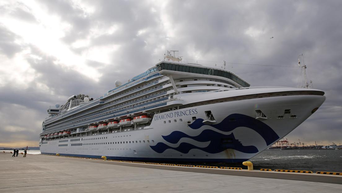 Confirman 10 casos más del coronavirus en el crucero en cuarentena cerca de Tokio
