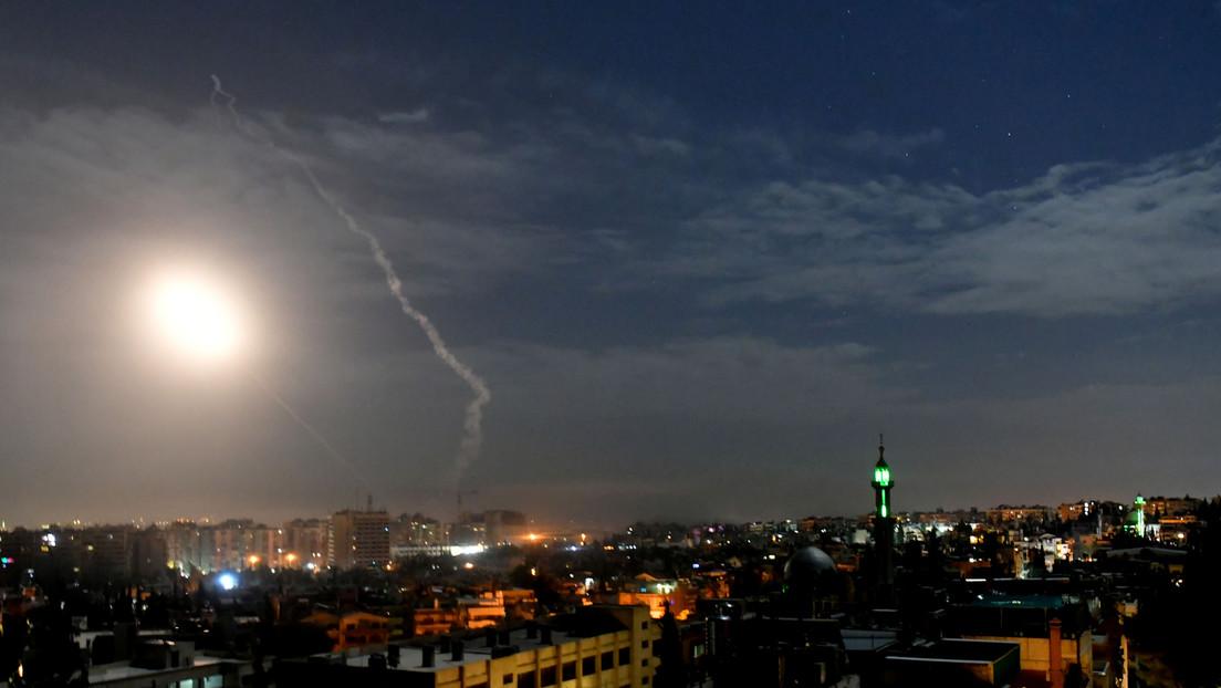 """Siria intercepta un """"ataque israelí"""" sobre Damasco (VIDEOS)"""