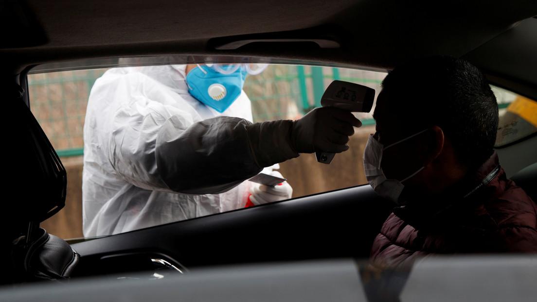 Muere un médico chino que trabajó 10 días seguidos sin descanso contra el coronavirus