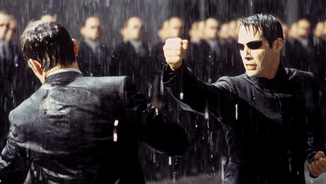 VIDEO, FOTOS: Testigos publican imágenes de Keanu Reeves en pleno rodaje de 'Matrix 4'