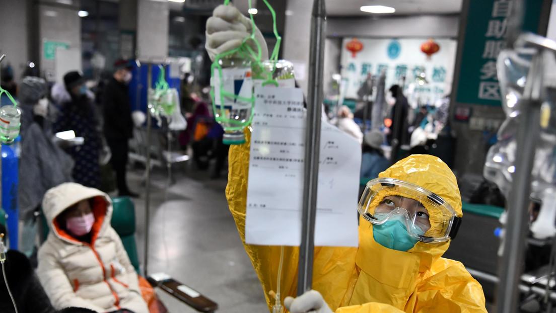 Especialista chino asegura que los pacientes que se curaron del coronavirus podrían volver a contagiarse