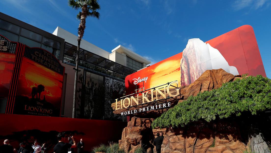 Una escuela de EE.UU. muestra 'El rey león' en un evento benéfico y Disney exige un tercio de lo recaudado