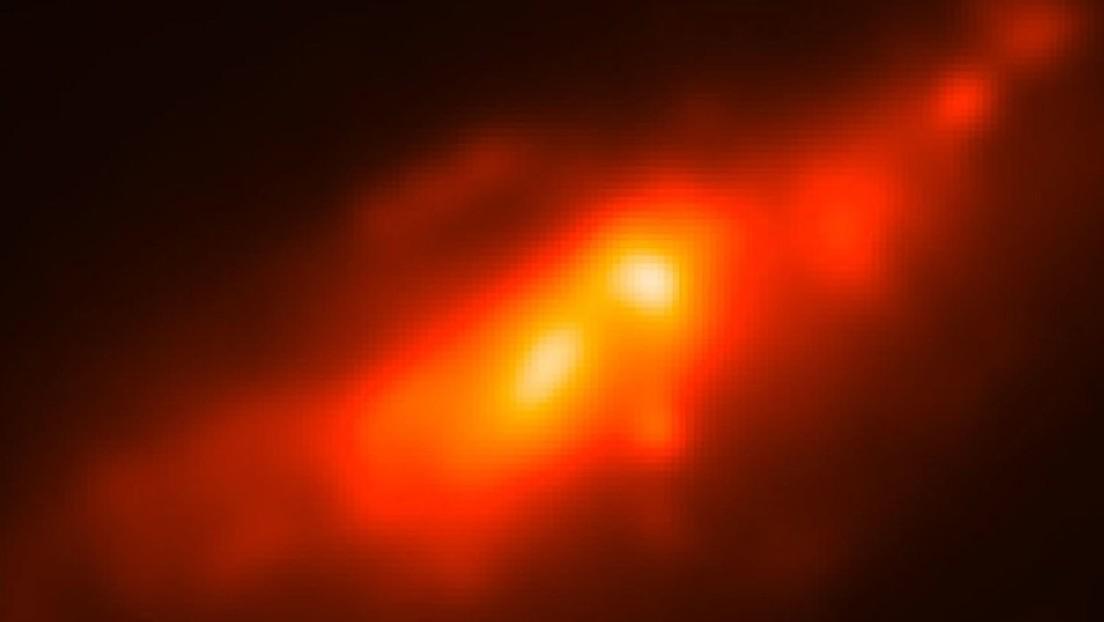 Astrónomos descubren que la galaxia 'Cocoon' tiene doble núcleo(FOTO)