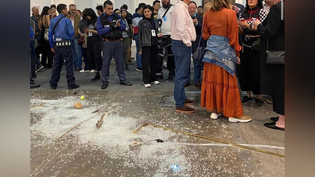 Una conocida crítica de arte destruyó obra valuada en 20.000 dólares en México