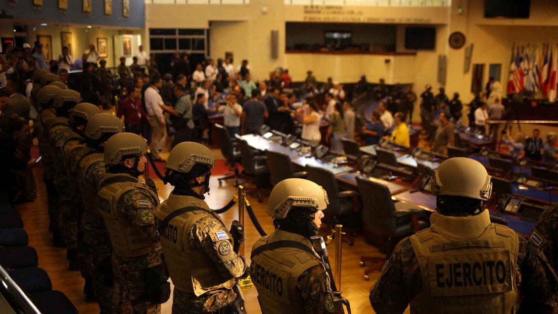 """Corte Suprema de El Salvador ordena a Bukele no usar al Ejército en actividades contrarias a los """"fines constitucionales"""""""
