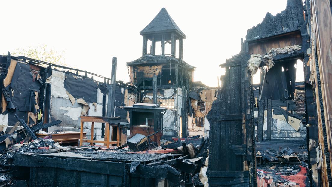 Un joven de 22 años incendió tres iglesias en EE.UU. para elevar su estatus como músico de black metal