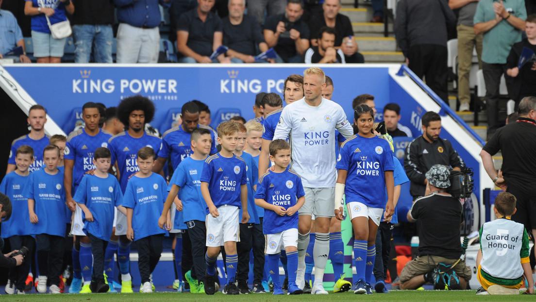 Desvelan los altos precios que pagan los niños a los clubs ingleses para salir al campo con los futbolistas