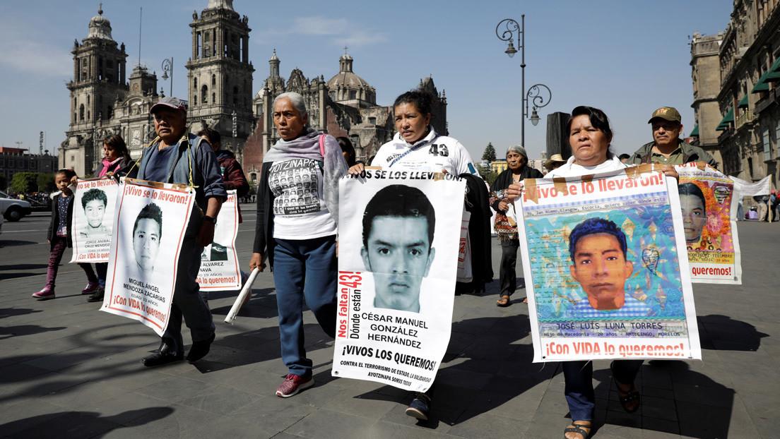 López Obrador envía una carta al presidente de la Suprema Corte y a la Fiscalía para pedir ayuda en el caso Ayotzinapa