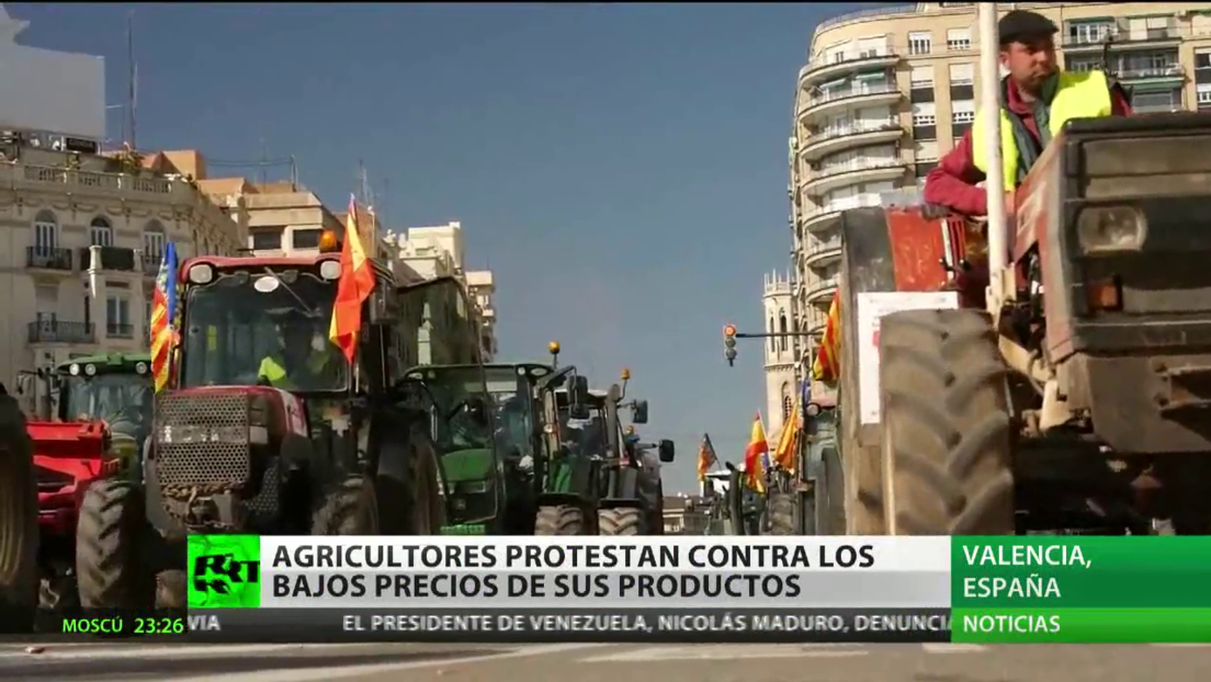 Los agricultores españoles protestan contra los bajos precios de sus productos