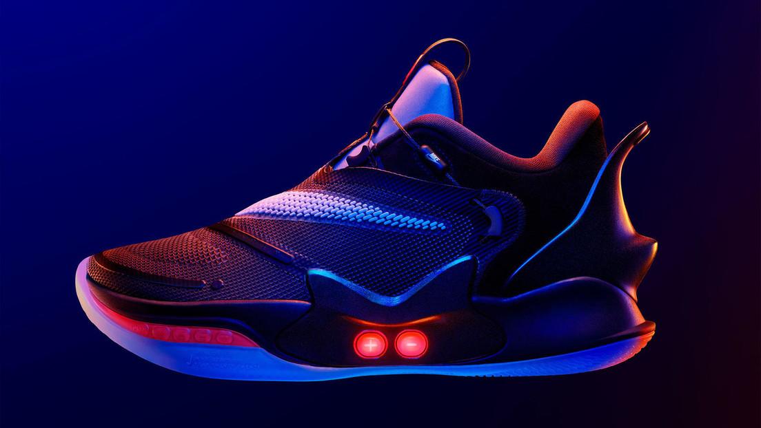 reparar alineación Inocencia  FOTOS, VIDEO: Nike perfecciona las zapatillas que se atan solas con las  nuevas Adapt BB 2.0 - RT