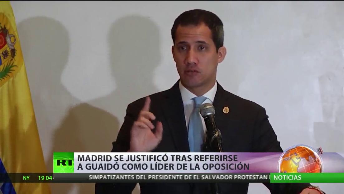 Guaidó regresa a Venezuela tras su gira internacional y se enfrenta a un escándalo de corrupción