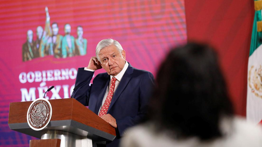 """En medio de la conmoción en México por el asesinato de una niña de 7 años, López Obrador manda un mensaje a las feministas: """"No pinten las paredes"""" thumbnail"""